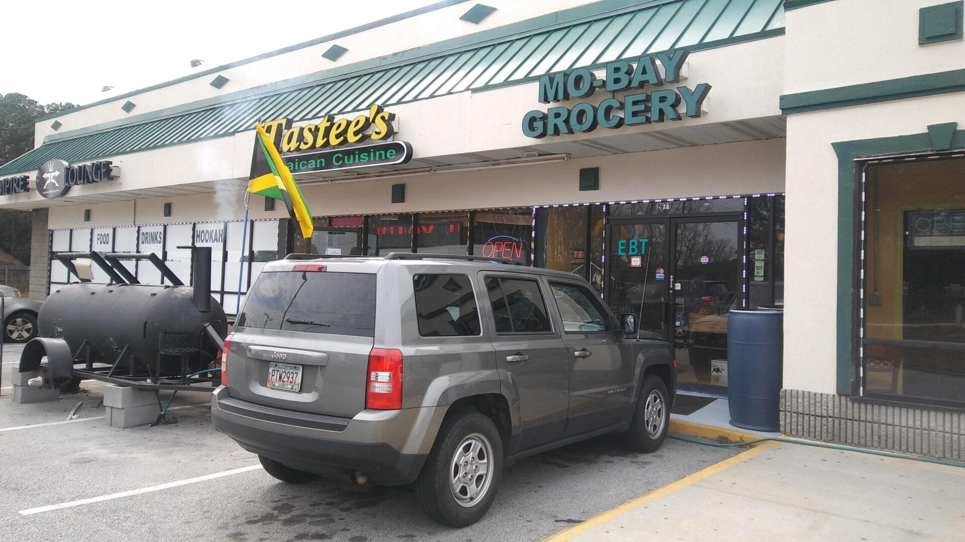 Tastee's Jamaican Cuisine